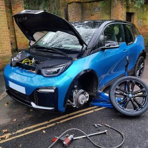 BMW smart car receives new battery and tyre replacement services